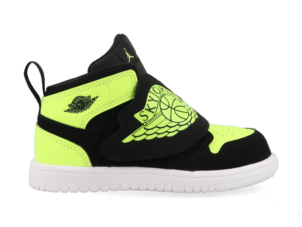 Nike Sky Jordan 1 BQ7196-007 Zwart - Geel-19.5 maat 19.5