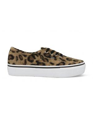 Dames schoenen: Vans and UGG